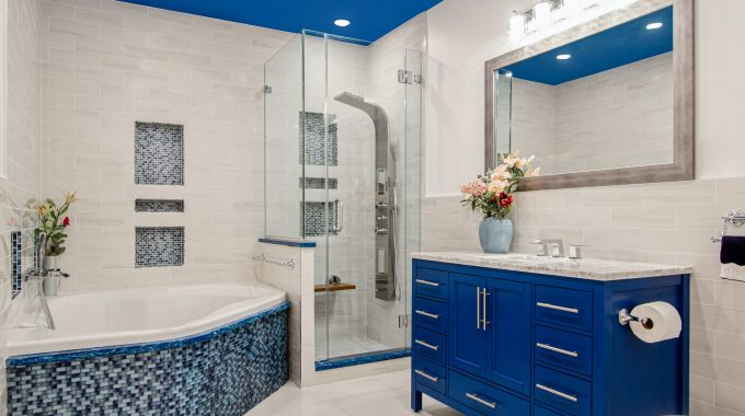 6 Bathroom Hygiene Mistakes Most Of Us Don't Know